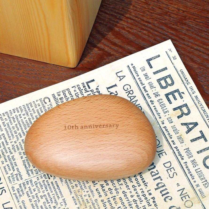 【代引不可】ペーパーウェイト 名入れ 木製 磁石付き マグネット クリップキャッチ クリップホルダー 周年記念 記念品 法人 企業